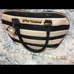 Betsy Johnson purse bag tote blk/ cream wht size M